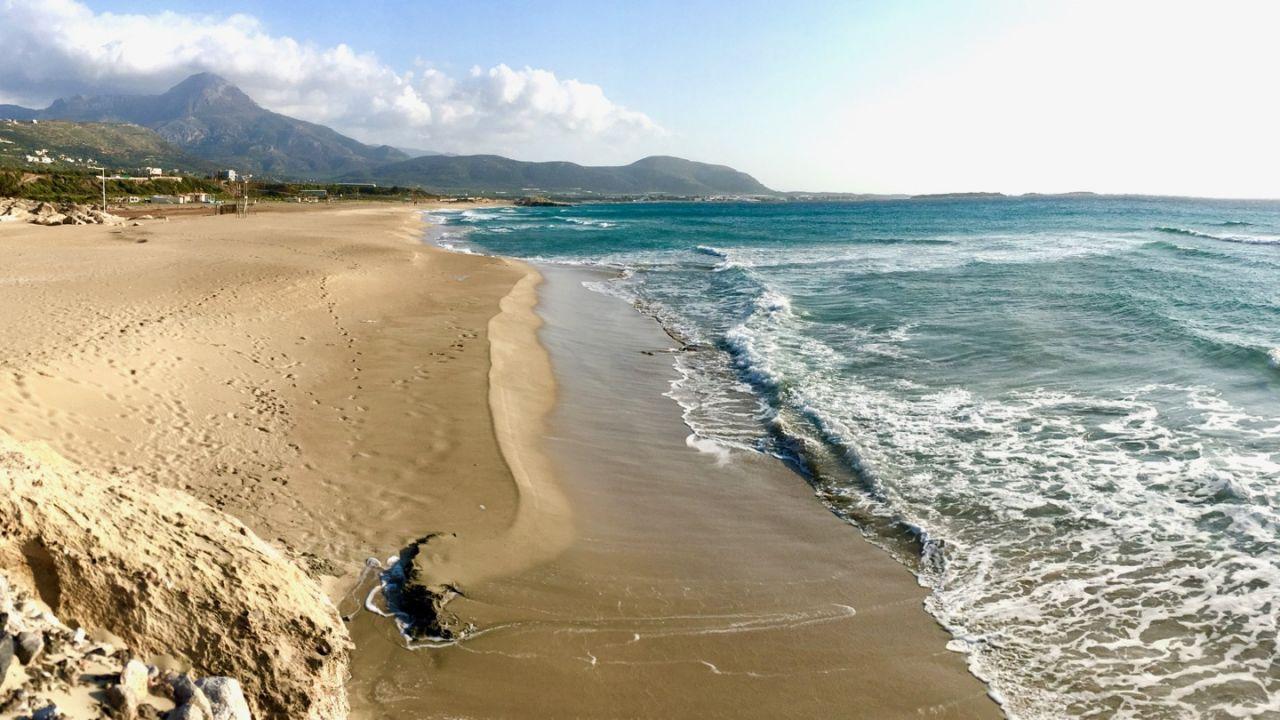Langer Strandabschnitt von Falassarna