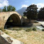 Brücke über den Fluss an der Straße nach Preveli