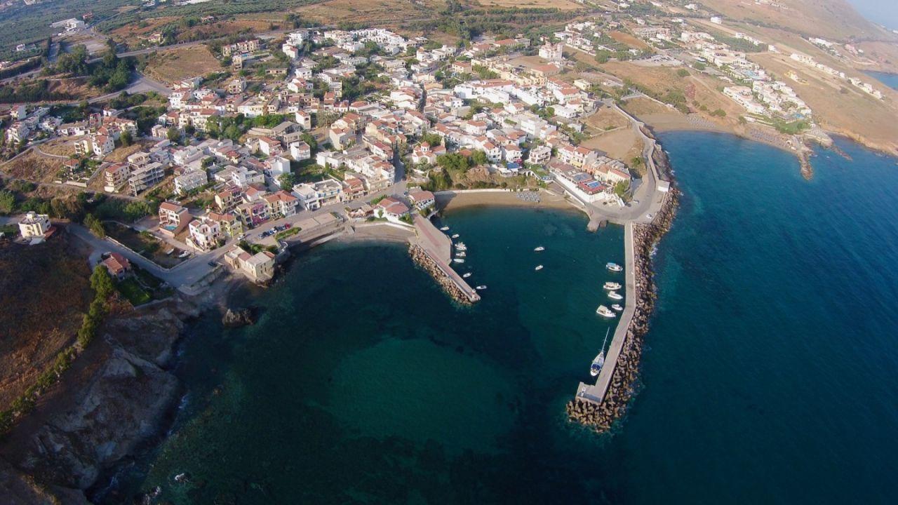 Panormo auf Kreta aus der Luft aufgenommen