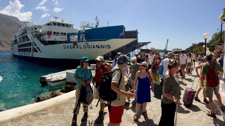 Ankunft der Daskalogiannis in Loutro