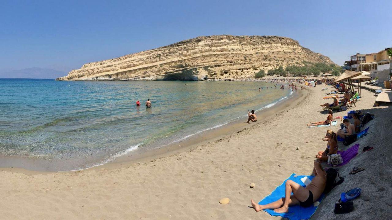 Webcams zum Strand und Höhlen von Matala.
