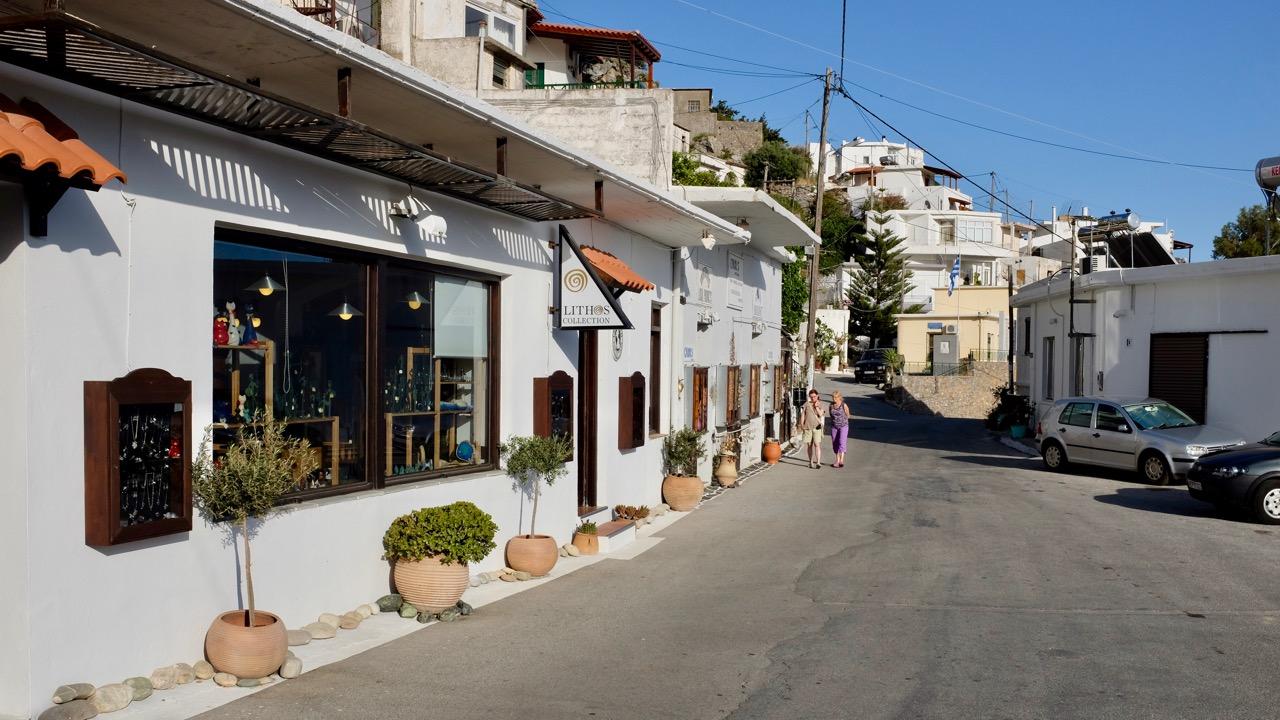 Schmuckhandwerk bei Lithos und Carol's in Myrthios